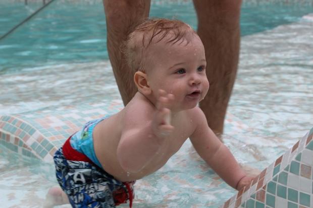 Animaleando un poquico en la piscina.